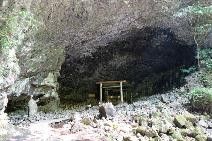 天安河原神社